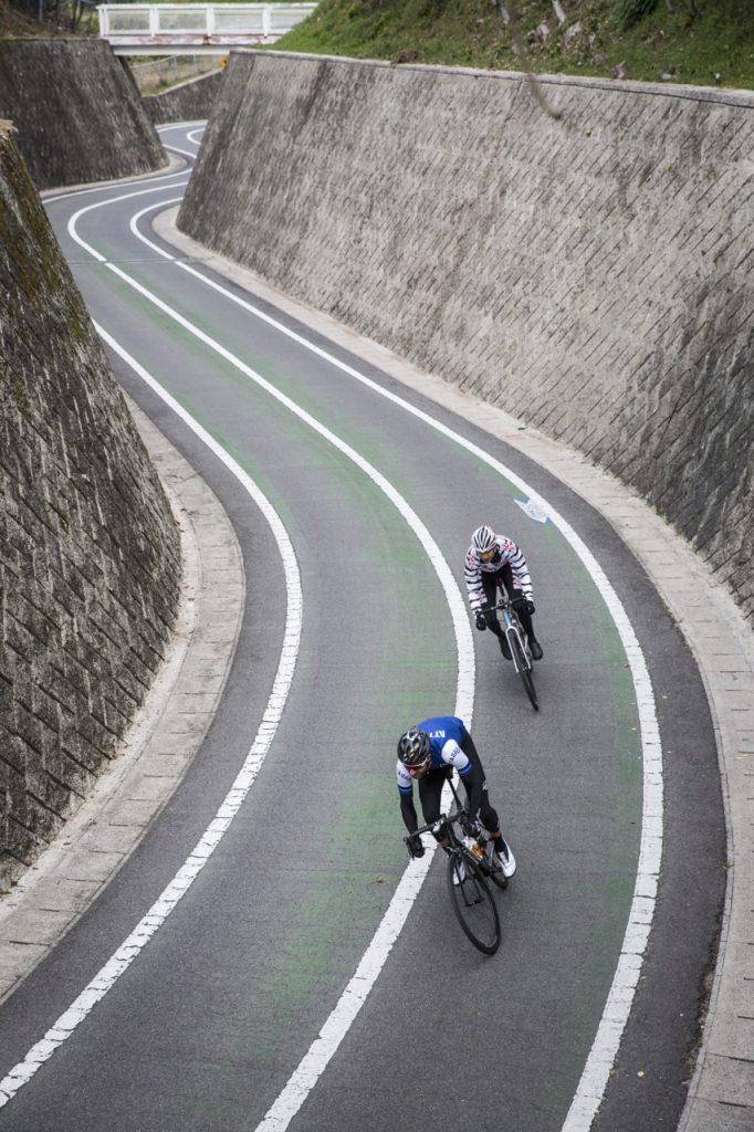 cyclist-japan-2016-0810